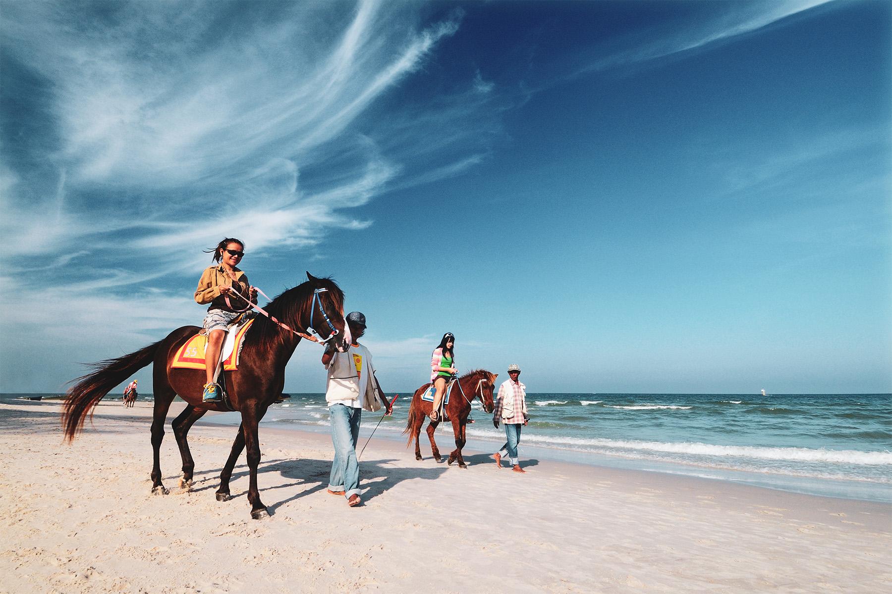 Travel Thursday: A Heritage Beach Town, Hua Hin